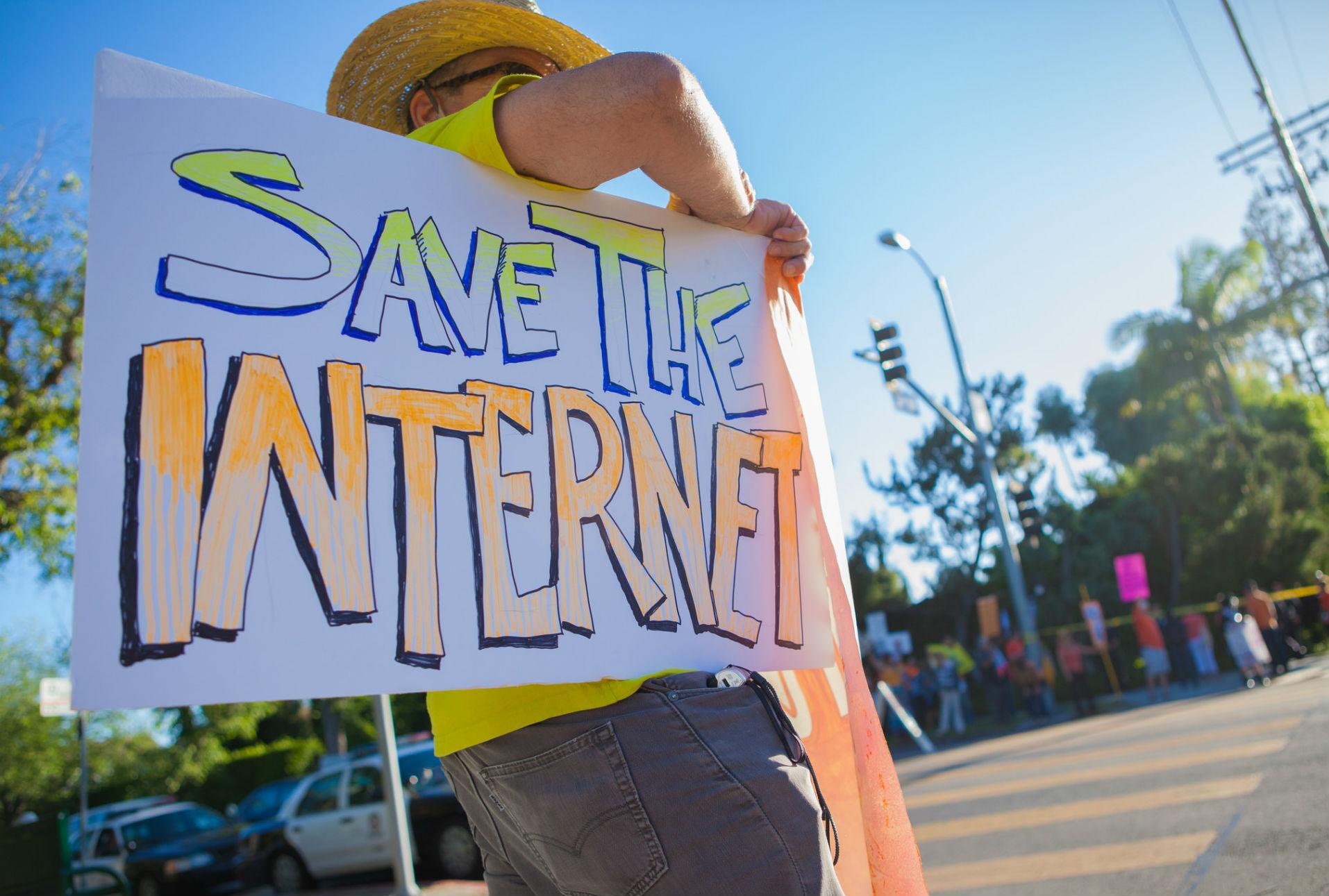 Senado de California aprueba iniciativa para proteger la neutralidad de la red