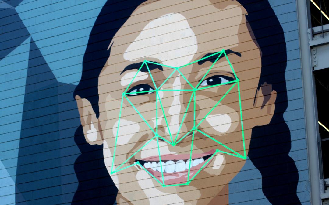 La ciudad de Mineápolis prohíbe el uso de vigilancia con tecnología de reconocimiento facial