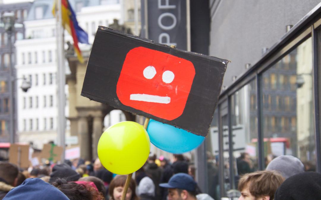 Imponer el mecanismo de notificación y retirada en México abre la puerta a la censura digital