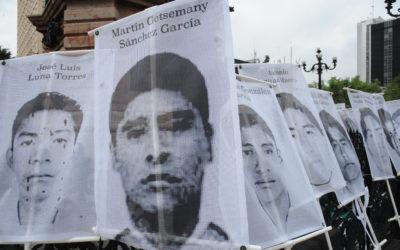 Gobierno mexicano debe aclarar intervención de comunicaciones del Ejército en el caso Ayotzinapa