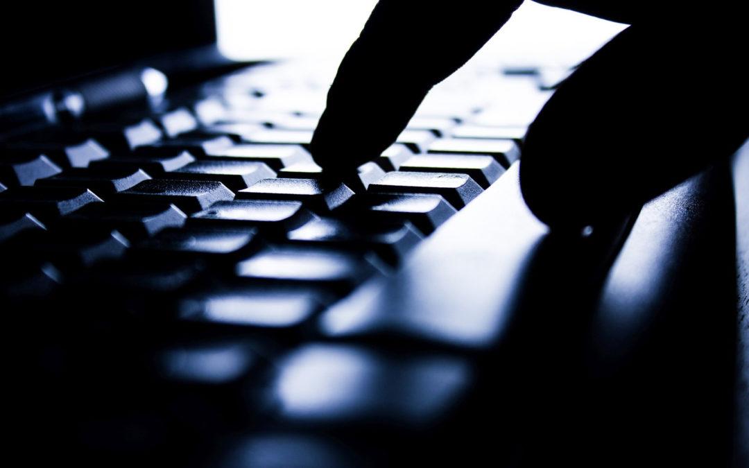 A la venta, bases de datos de BBVA, Santander e IMSS con millones de registros