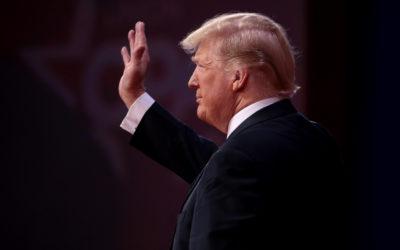 Facebook anuncia que la suspensión a Donald Trump durará dos años