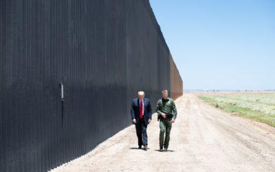 Gobierno de Trump insiste en expandir recolección de datos biométricos y genéticos en trámites migratorios