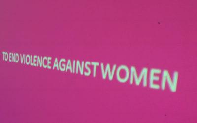 Mujeres exigen un alto a la violencia en línea a Facebook, Google, Twitter y Tik Tok