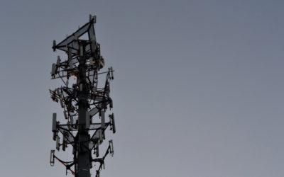 Investigación revela antenas falsas para espionaje en la CDMX