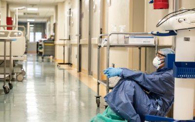 Profesionales de la salud de EE.UU. requieren más excepciones para poder reparar equipos médicos