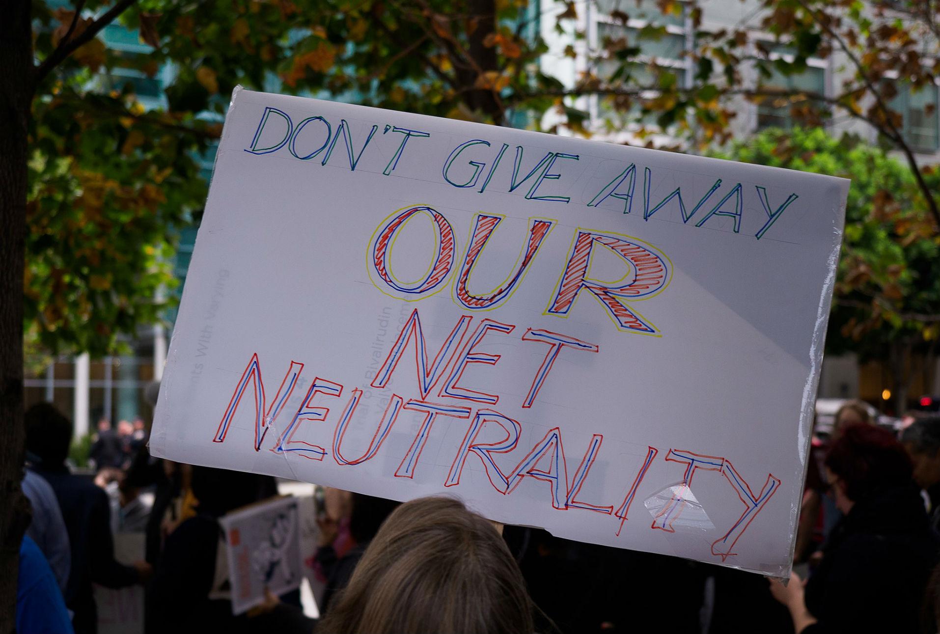 La batalla por la neutralidad de la red en EE.UU. ahora se libra en los congresos estatales