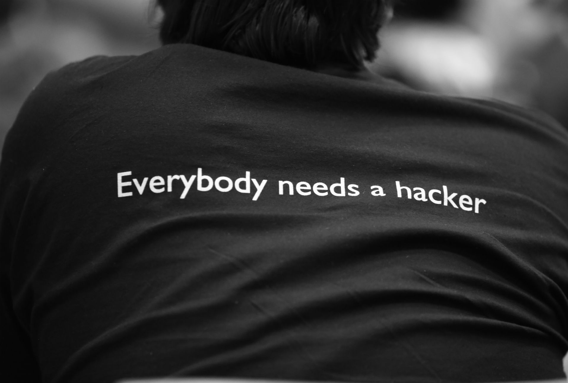 El hacker Phineas Fisher asegura continuar en libertad