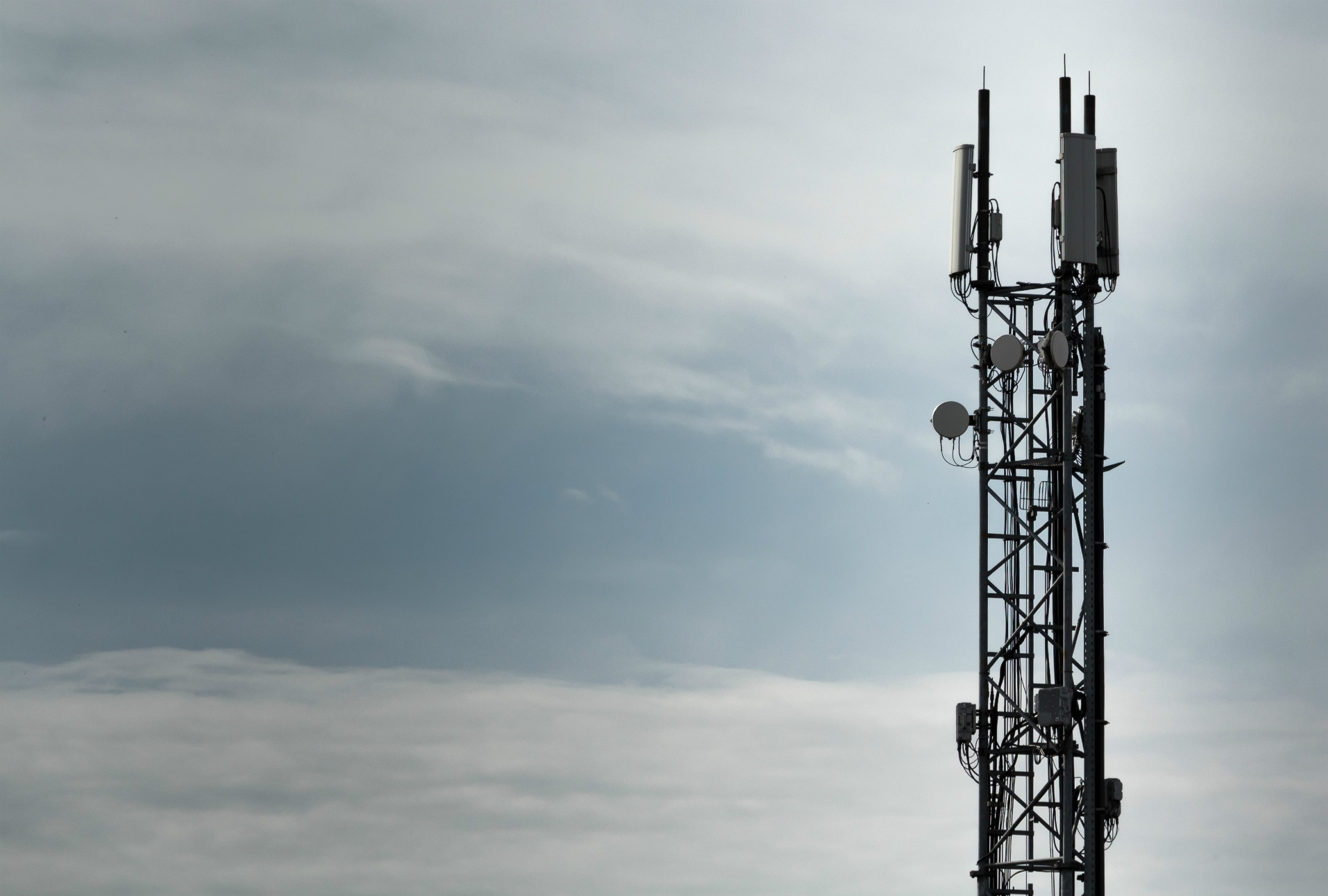 Redes 4G y 5G son vulnerables a ataques con IMSI catchers, revelan investigadores