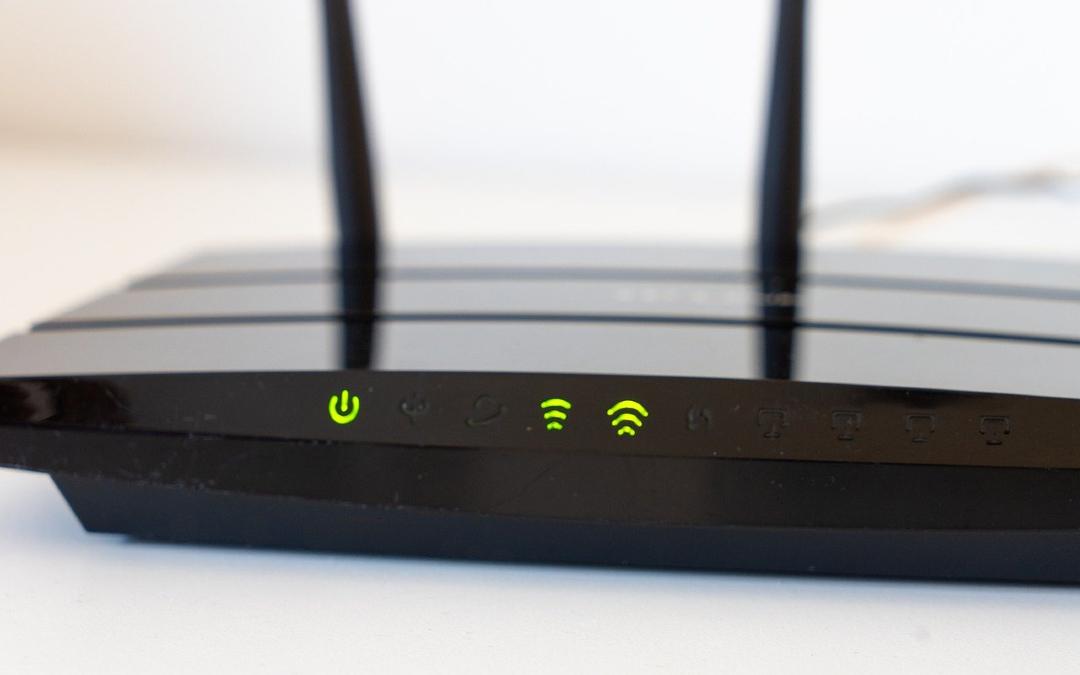 TotalPlay abre redes públicas desde módems de clientes sin solicitar consentimiento